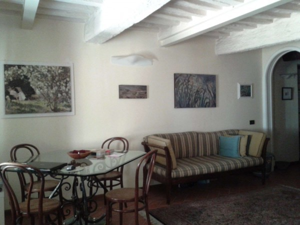 Bilocale Lucca Via San Giorgio 3