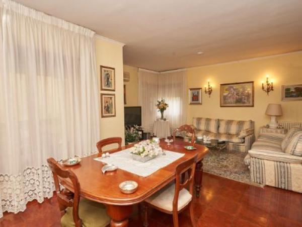 Appartamento in vendita a Latina, 6 locali, prezzo € 350.000 | Cambio Casa.it
