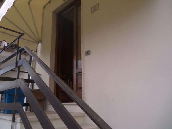 Bilocale Porcari Via Fossanuova 8