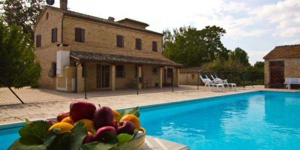 Villa in vendita a Treia, 5 locali, Trattative riservate | Cambio Casa.it