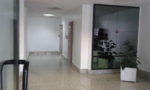 Negozio / Locale in vendita a Latina, 2 locali, prezzo € 150.000 | Cambio Casa.it
