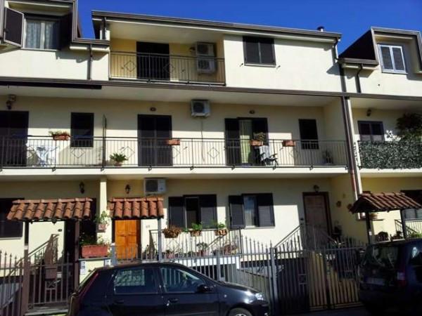 Appartamento in vendita a Acerra, 4 locali, prezzo € 170.000   Cambiocasa.it