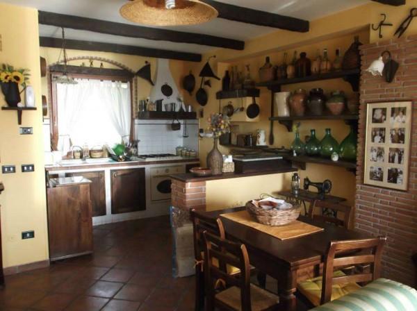 Villa in vendita a San Potito Sannitico, 6 locali, prezzo € 165.000   Cambio Casa.it