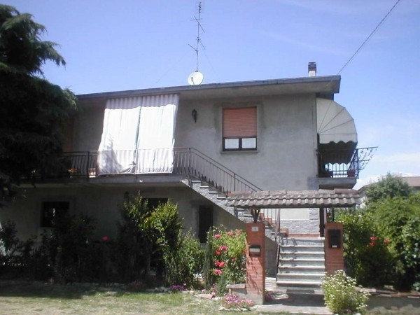 Villa in vendita a Cigognola, 4 locali, prezzo € 160.000 | Cambio Casa.it