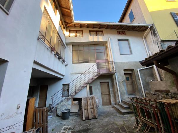 Soluzione Indipendente in vendita a Castelmarte, 6 locali, prezzo € 149.000 | Cambio Casa.it