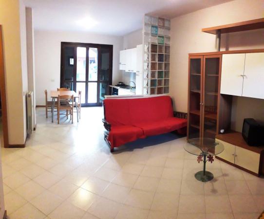 Bilocale Lucca Via Delle Gavine 5