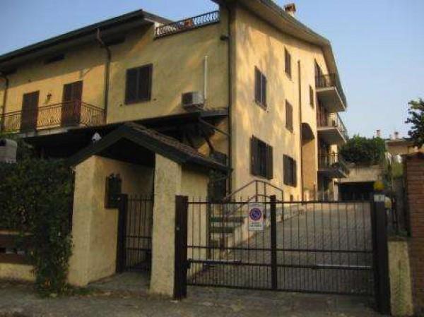 Appartamento in vendita a Ospedaletto Lodigiano, 3 locali, prezzo € 77.000 | Cambio Casa.it