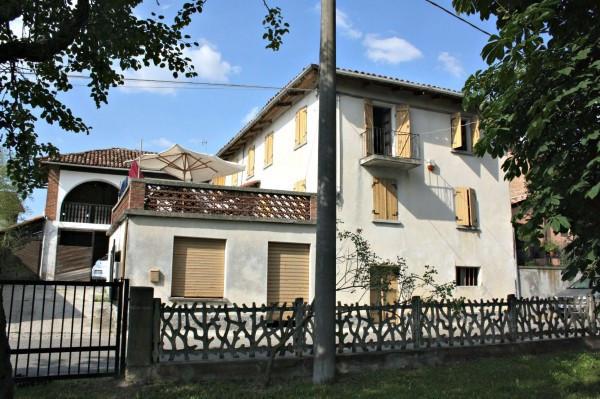 Rustico / Casale in vendita a Castagnole delle Lanze, 4 locali, prezzo € 180.000 | Cambio Casa.it