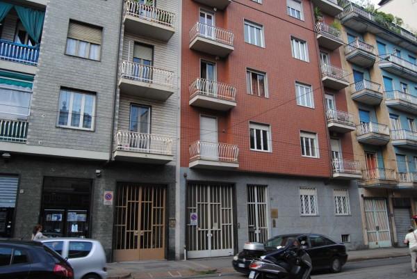 Bilocale Torino Via Nicomede Bianchi 4