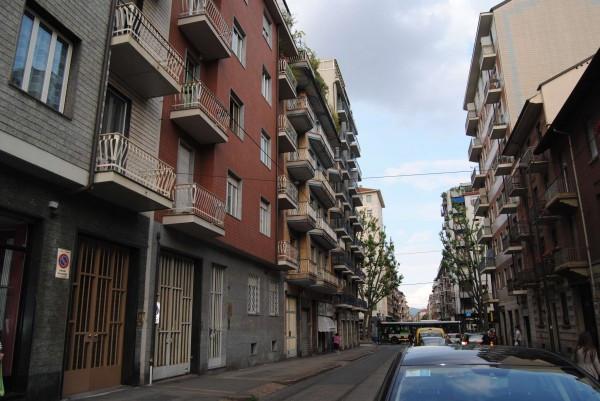 Bilocale Torino Via Nicomede Bianchi 8