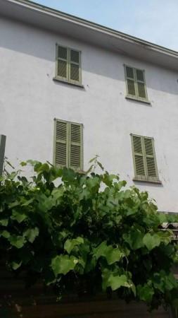 Appartamento in vendita a Fino Mornasco, 3 locali, prezzo € 86.000 | Cambio Casa.it
