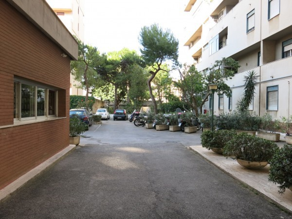 Bilocale Palermo Via Gioacchino Ventura 10