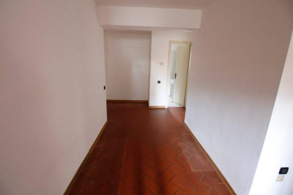 Bilocale Lucca Via Per Corte Bozzi 4