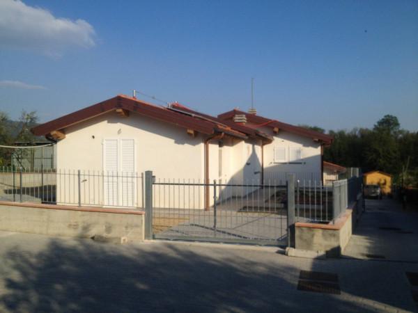 Villa in Vendita a Larciano Centro: 3 locali, 85 mq