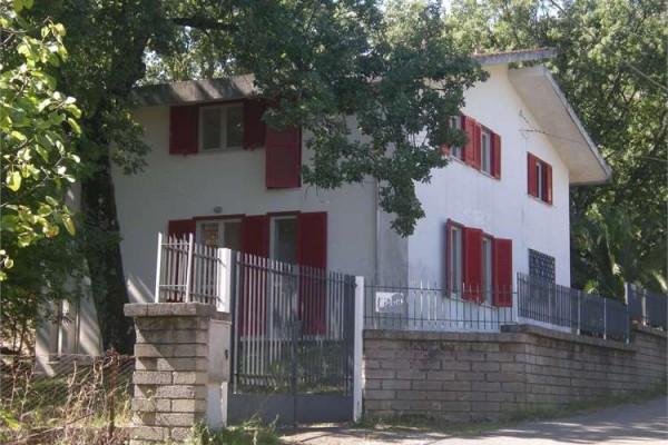 Villa in vendita a Spigno Saturnia, 6 locali, prezzo € 240.000 | CambioCasa.it