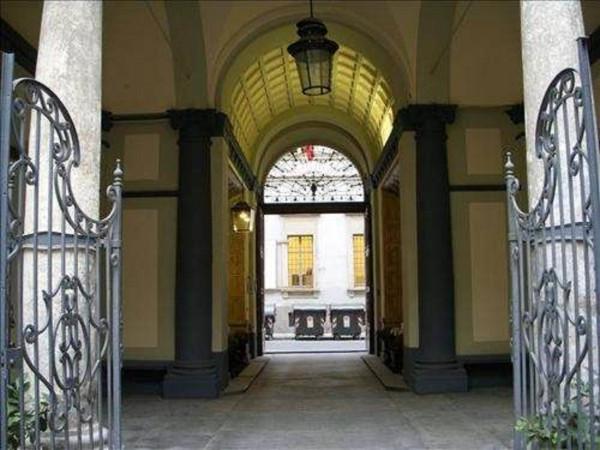 Ufficio / Studio in affitto a Torino, 6 locali, zona Zona: 1 . Centro, Quadrilatero Romano, Repubblica, Giardini Reali, prezzo € 3.000 | Cambio Casa.it