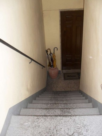 Bilocale Lucca Via Santa Croce 9