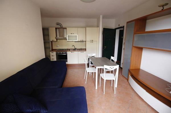 Bilocale Lucca Via Salicchi 3