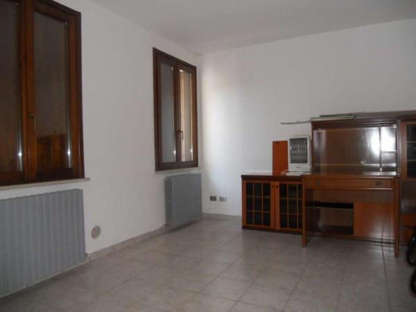 Appartamento in affitto a Guastalla, 1 locali, prezzo € 330 | Cambio Casa.it