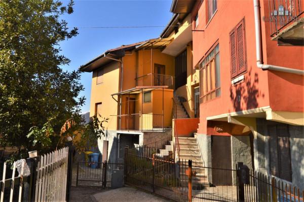 Casa indipendente in Vendita a Lugnacco Centro: 5 locali, 120 mq