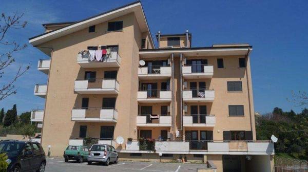 Appartamento in vendita a Caiazzo, 3 locali, prezzo € 125.000 | CambioCasa.it