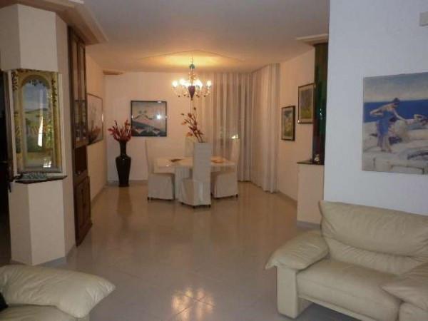 Villa in vendita a Mercato San Severino, 6 locali, prezzo € 700.000 | Cambio Casa.it