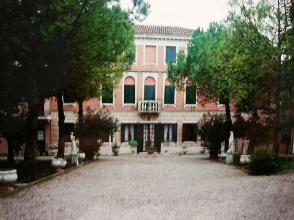Villa-Villetta Villa in Vendita a Fossalta Di Piave