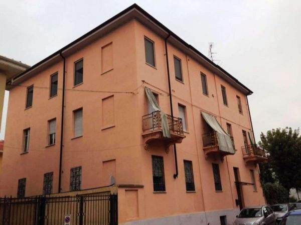 Bilocale Vercelli Via Libia 10