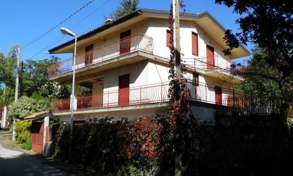 Villa in vendita a Ragalna, 6 locali, prezzo € 259.000 | CambioCasa.it