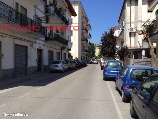 Appartamento in vendita a Agropoli, 6 locali, prezzo € 170.000 | CambioCasa.it