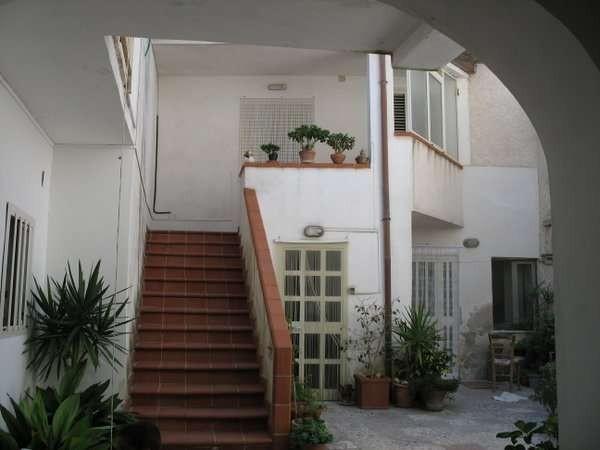 Soluzione Indipendente in vendita a Caiazzo, 6 locali, prezzo € 65.000 | Cambio Casa.it