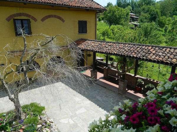 Rustico in Vendita a Asti Periferia: 5 locali, 500 mq