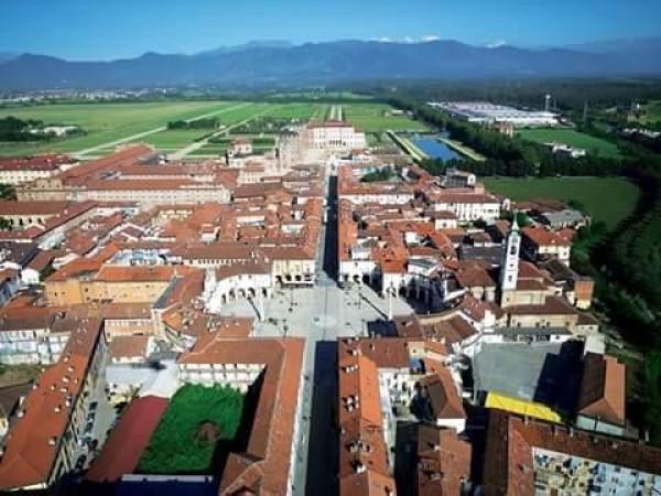 Bilocale Venaria Reale Via Battisti Cesare 1