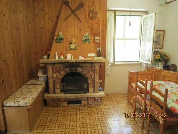 Villa in vendita a Tarquinia, 3 locali, prezzo € 220.000 | Cambio Casa.it