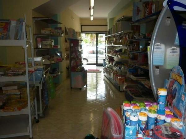 Negozio / Locale in affitto a Montoro, 2 locali, prezzo € 390 | Cambio Casa.it