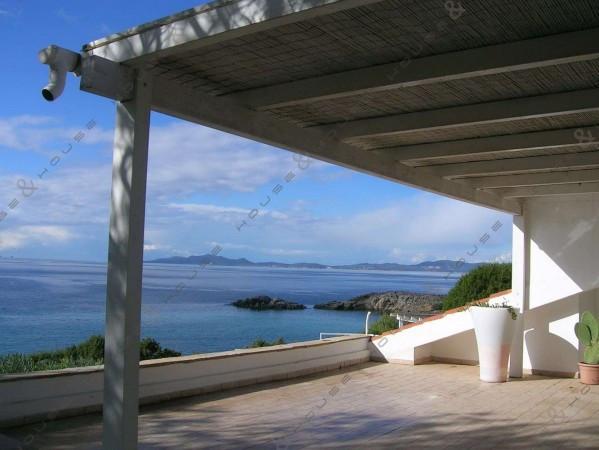 Villa in vendita a Sant'Anna Arresi, 4 locali, prezzo € 1.400.000 | Cambiocasa.it