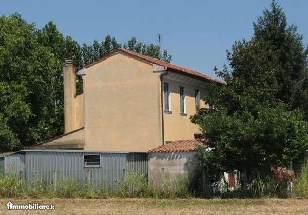 Rustico-casale Vendita Padova