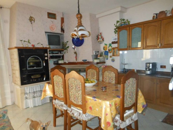 Appartamento in vendita a Pietramelara, 6 locali, prezzo € 110.000 | Cambio Casa.it