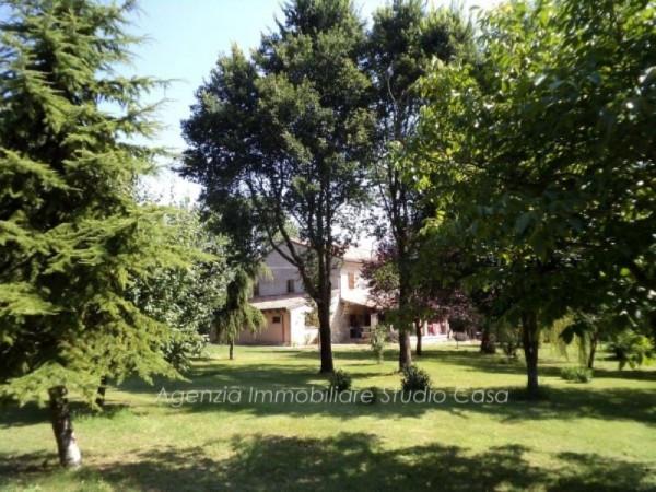 Rustico / Casale in vendita a Tavullia, 6 locali, prezzo € 700.000 | Cambio Casa.it