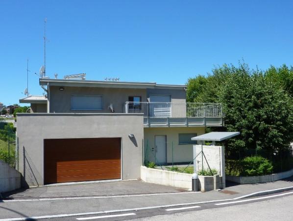 Villa in vendita a Olgiate Comasco, 4 locali, prezzo € 495.000 | Cambio Casa.it