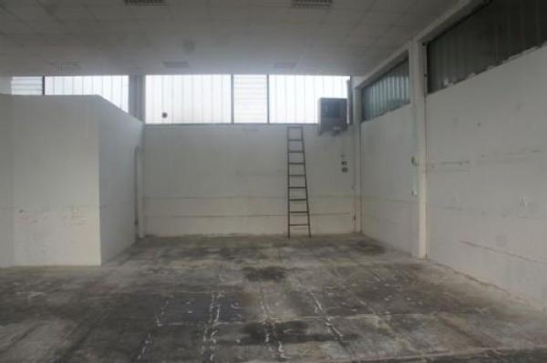 Capannone in affitto a Molinella, 9999 locali, prezzo € 800 | Cambio Casa.it