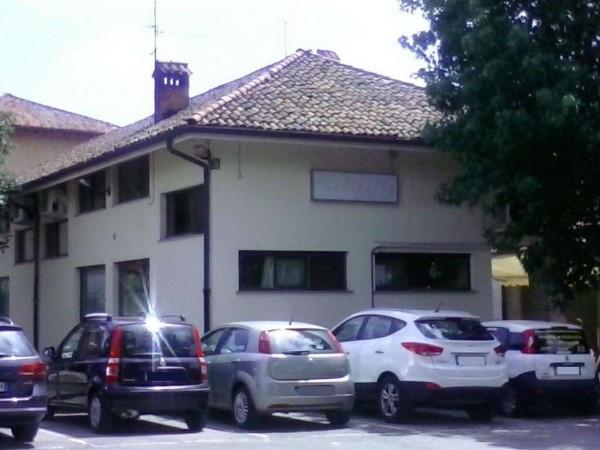 Ristorante / Pizzeria / Trattoria in Vendita a Rodano