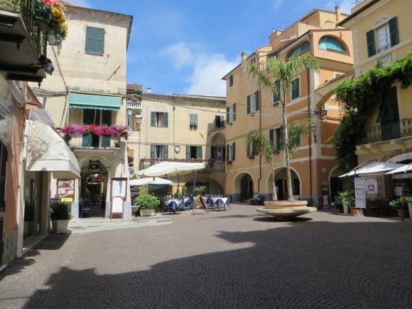 Appartamento in Vendita a Pietra Ligure: 1 locali, 30 mq