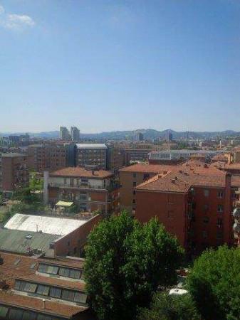 Bilocale Bologna Via Ferrarese 1