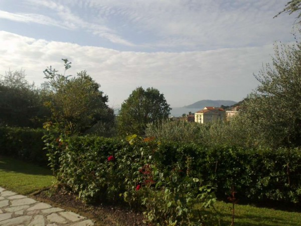 Bilocale Lerici Via D. Carro 4