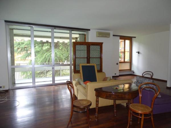 Appartamento in vendita a Segrate, 6 locali, prezzo € 1.000.000 | Cambio Casa.it