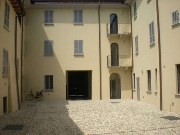 Bilocale Lodi Via Callisto Piazza 3