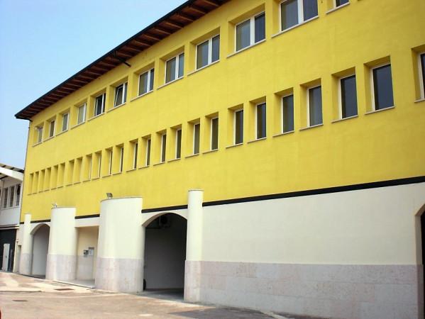 Ufficio / Studio in affitto a Verona, 1 locali, zona Zona: 10 . Borgo Roma - Ca' di David - Palazzina - Zai, prezzo € 650 | Cambio Casa.it
