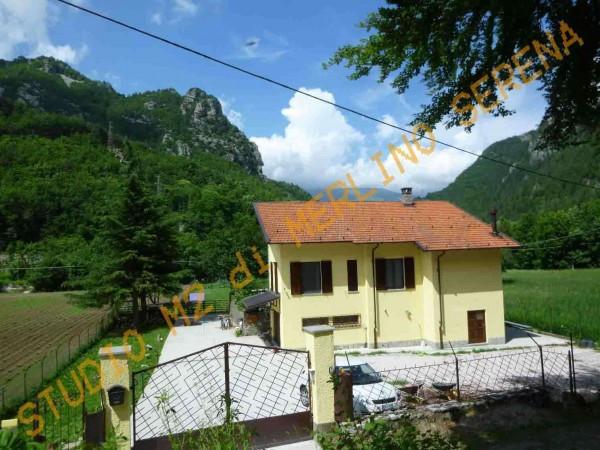Villa in vendita a Ormea, 6 locali, prezzo € 349.000 | Cambio Casa.it