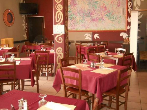 Ristorante / Pizzeria / Trattoria in vendita a Turate, 6 locali, Trattative riservate   Cambio Casa.it